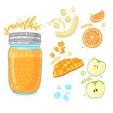 Pomarańczowy koktajl dla zdrowego życia Smoothies z mango, bananem, prange i jabłkiem, Przepisu jarski owocowy organi Obraz Royalty Free