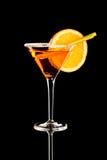 Pomarańczowy Margareta świeży koktajl odizolowywający na czerni obraz royalty free