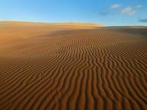 Pomarańczowy miękkiej części pustyni piasek Zdjęcie Royalty Free