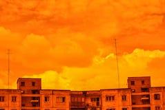 Pomarańczowy Radziecki Antennae linia horyzontu obraz stock