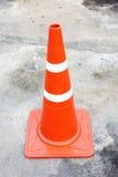 Pomarańczowy ruchu drogowego rożek Zdjęcia Royalty Free