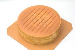 Pomarańczowy warstwa tort właśnie z piekarnika zdjęcia royalty free