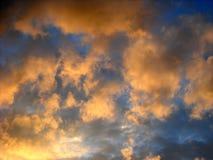 pomarańcze chmury Zdjęcia Royalty Free