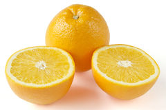 Pomarańcze na desce Fotografia Royalty Free