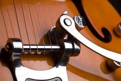 Pomarańczowa elektryczna gitara Zdjęcia Royalty Free
