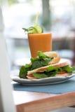 pomarańczowa sok kanapka Zdjęcie Royalty Free