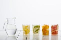 Pomarańczowa wapno cytryna i grapefruitowy napój Fotografia Royalty Free