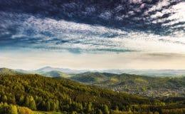 pomarańczowy górski filtra panorama niebios obrazy royalty free