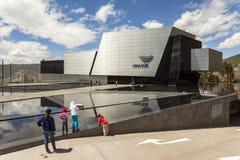 POMASQUI, ECUADOR - 15 APRILE: Costruzione UNASUR, unione di sud A Fotografia Stock Libera da Diritti