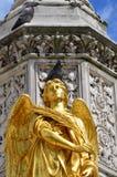 Pomba na cabeça do anjo Imagens de Stock Royalty Free