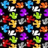 Pombas coloridas que voam o fundo sem emenda Fotos de Stock Royalty Free