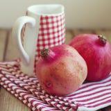 Pomegranate и кувшин Стоковые Фотографии RF