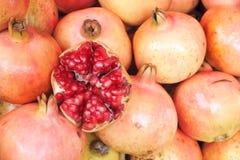 Pomegranatefrukter Fotografering för Bildbyråer