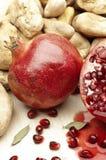 pomegranatestenar royaltyfri bild