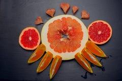 Pomelo εσπεριδοειδών αγάπη έννοιας φρούτων Στοκ Εικόνες