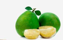 Pomelo πολτός χωρίς σπόρους που απομονώνονται στο άσπρο υπόβαθρο Pomelo της Ταϊλάνδης φρούτα Φυσική πηγή βιταμίνης C και καλίου Υ στοκ εικόνα