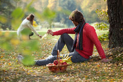 Pomeriggio romantico nel parco Fotografia Stock