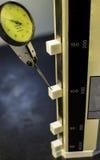 Pomiaru narzędzie jest tarczy wymiernikiem Zdjęcia Royalty Free