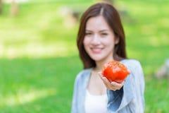 Pomidorowa wysoka przeciwutleniacza lycopene witamina C dla dziewczyny fotografia stock