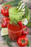 Pomidorowi i ogórkowi soki obrazy royalty free