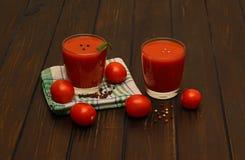 Pomidorowy sok i pikantność Obrazy Royalty Free