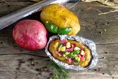 Pomme de terre cuite au four photos libres de droits
