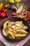 Pomme de terre cuite au four d'un plat Images libres de droits