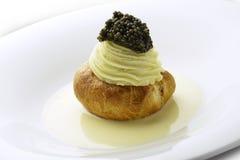 Pomme de terre d'apéritif en mousse blanche de vin mousseux de beurre de pâtisserie Images stock