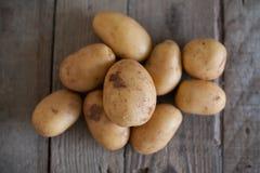 Pomme de terre fraîche image stock