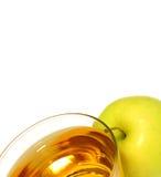 pomme et jus d'isolement sur le blanc photo stock
