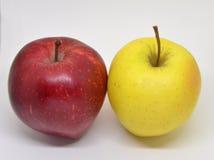 Pomme jaune rouge avec le vert Photo libre de droits