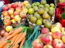 Pommes écologiques Photographie stock