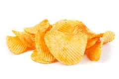 Pommes chips d'isolement sur le blanc photos stock