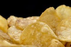 Pommes chips faites maison Photographie stock libre de droits