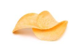 Pommes chips sur le fond blanc. Images libres de droits