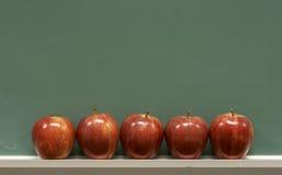 Pommes d'école image libre de droits