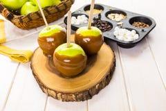 Pommes de caramel photographie stock