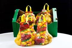 Pommes de terre assorties et emballées Photos libres de droits