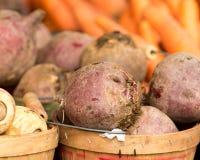 Pommes de terre au marché de l'agriculteur Photo libre de droits