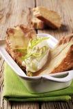 Pommes de terre cuites au four avec de la crème aigre image libre de droits