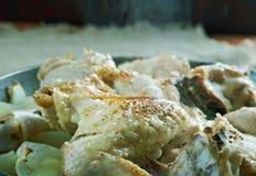 Pommes de terre cuites par Français avec le poulet Photographie stock libre de droits