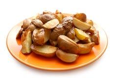 pommes de terre en robe de chambre cuites au four leurs Photos stock