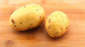 Pommes de terre fraîches simples Photographie stock