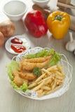 Pommes de terre frites de crevette et de fritures Photographie stock libre de droits