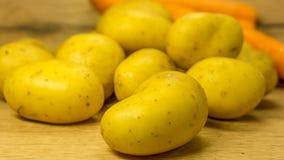 Pommes de terre organiques Images stock