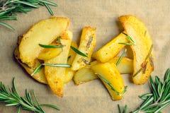 Pommes de terre rôties avec des épices Photo stock