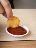 Pommes de terre rissolées frites par pomme de terre américaine de petit déjeuner de nourriture industrielle malsaines Photographie stock libre de droits