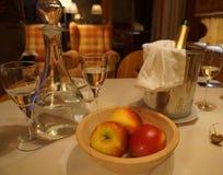 Pommes et champagner Images libres de droits
