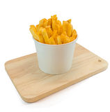 Pommes frites dans le boîtier blanc avec le ketchup Images libres de droits