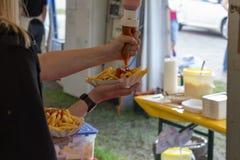 pommes frites ketchup et mayonnaise Photos stock